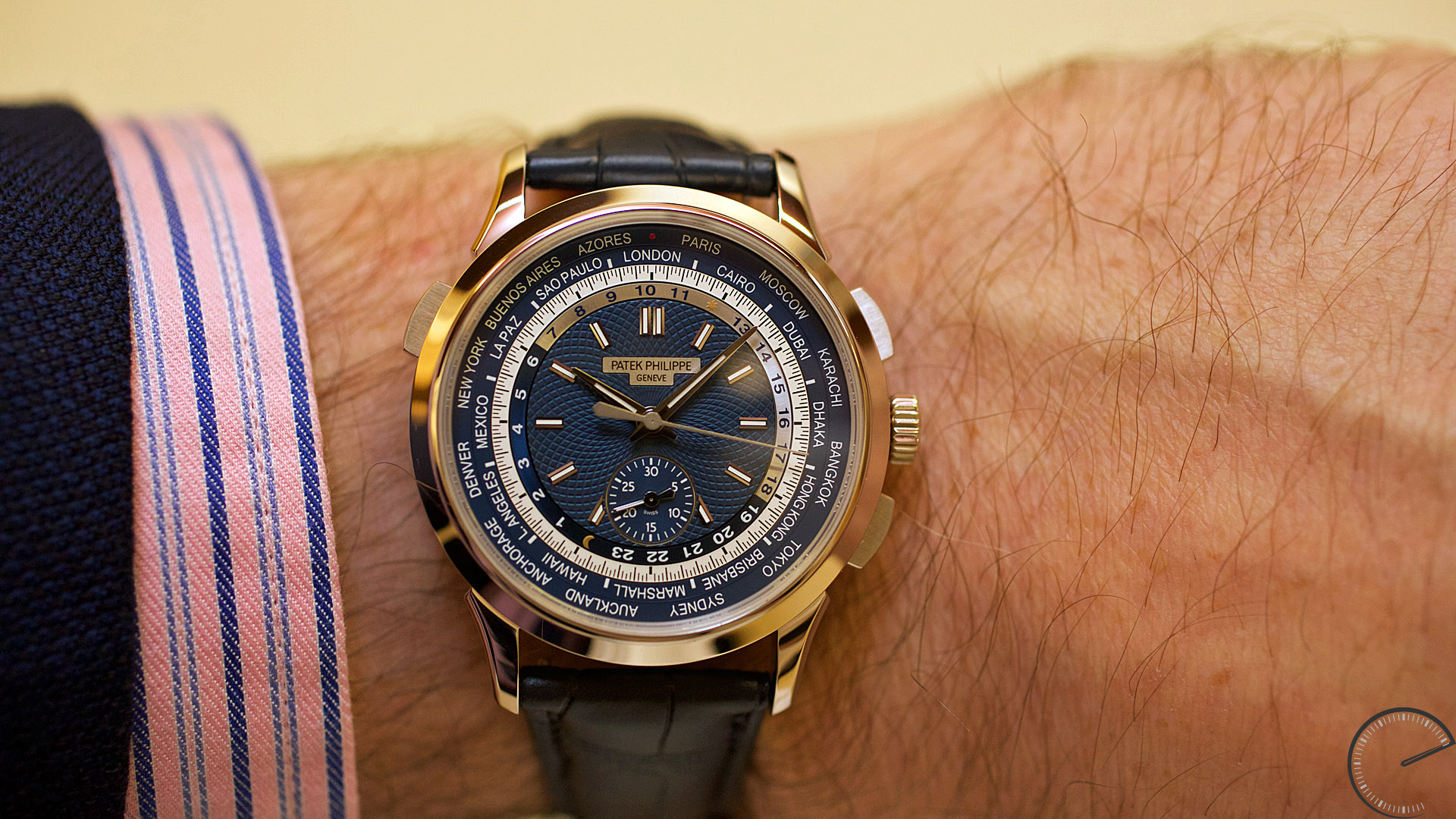 swiss made complications patek philippe world time replica chronograph ref 5930 how to buy. Black Bedroom Furniture Sets. Home Design Ideas