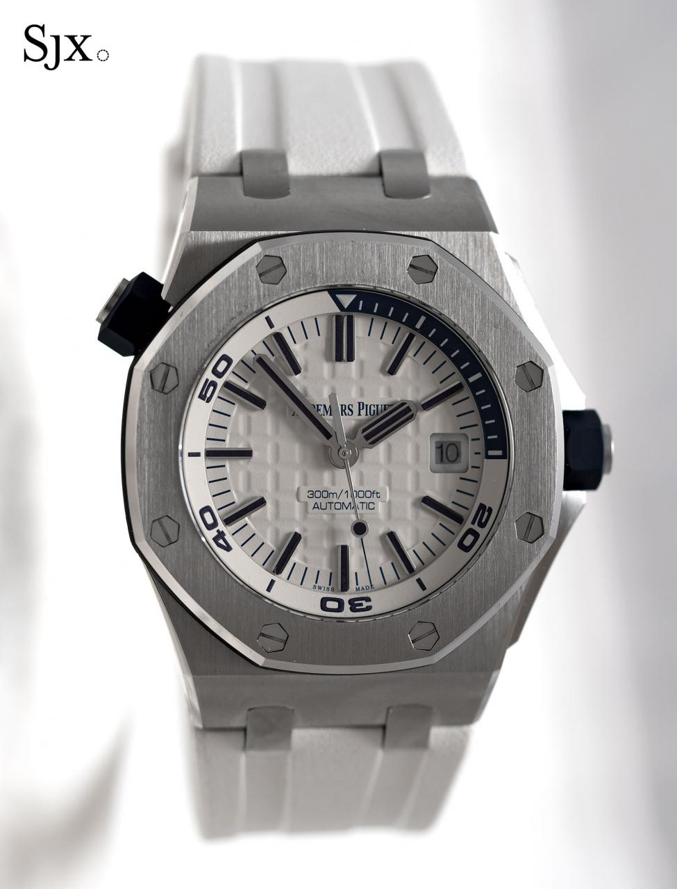 AP Royal Oak Offshore Diver white 1